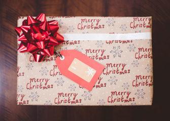 8 unique housewarming gift ideas for Christmas